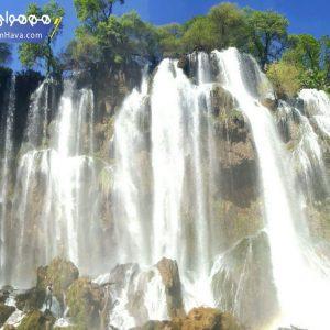 آبشار زردلیمه از عریض ترین آبشارهای ایران است که در نقطه ای بکر در دل کوههای زاگرس در استان چهارمحال و بختیاری قرار دارد. آبشاري بسيار زيبا و بكر در جنوب شهرستان اردل در ميان كوههاي سر به فلك كشيده زاگرس و در مجاورت رودخانه بازفت.